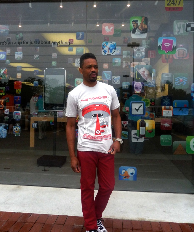 I'm rockin' these new 510 super skinny joints, they come in colors.  T shirt by ArtistiCreation.  www.theartisticreation.com